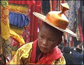 His Holiness returning to Tsurphu in June 1992